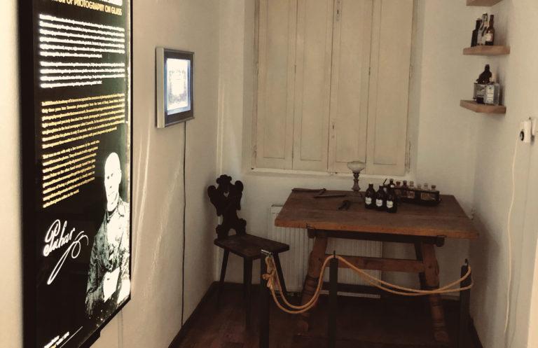 Kabinet izumitelja Puharja - Janez Puhar 1